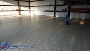 airstream-garage-epoxy-floor